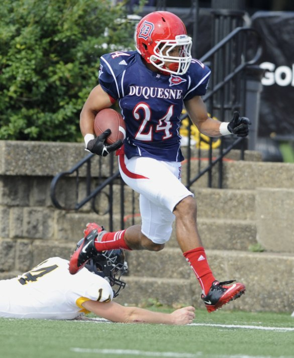 Nick Floyd was responsible for one of Duquesne's three defensive touchdowns during the Week 6 win over West Liberty. Next up for the Dukes? The #NECFB opener vs. Wagner on Oct.12.